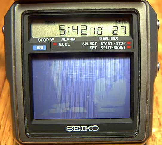 1982 Seiko TV Watch OPERATING6JPG 38041 Bytes