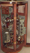 Predicta Chassis - Tube Side (118K bytes)